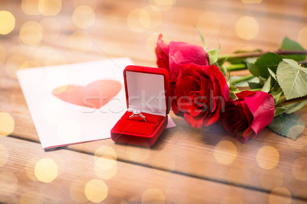 Bague en diamant roses carte de vœux amour proposition Photo stock © dolgachov
