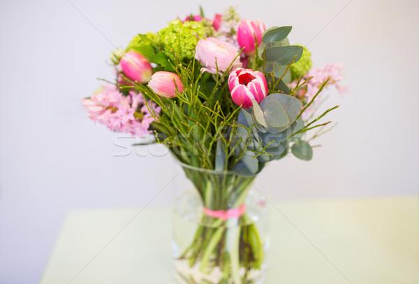 Közelkép köteg váza virágüzlet kertészkedés ünnepek Stock fotó © dolgachov
