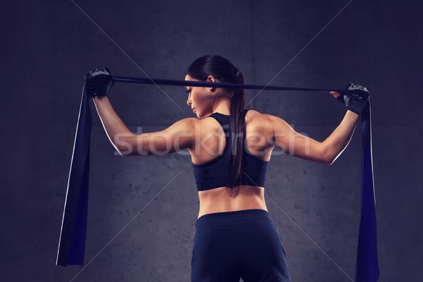 Mujer gimnasio fitness deporte formación Foto stock © dolgachov