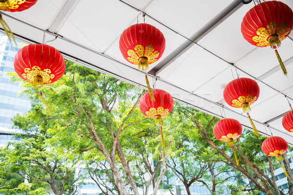 Plafond ingericht opknoping chinese lantaarns decoratie Stockfoto © dolgachov