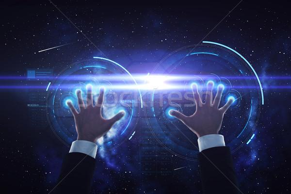 Empresário mãos virtual projeção pessoas de negócios futuro Foto stock © dolgachov