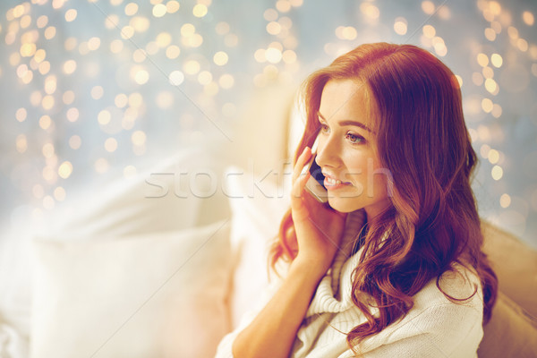 快樂 年輕女子 調用 智能手機 家 技術 商業照片 © dolgachov