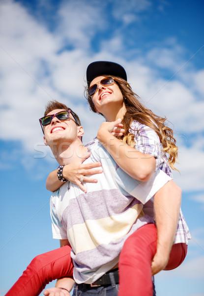 Glimlachend tieners zonnebril buiten zomer Stockfoto © dolgachov
