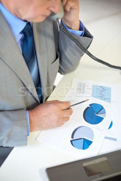 Foto stock: Senior · empresário · chamada · telefone · pessoas · de · negócios
