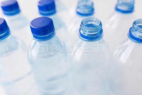 Stok fotoğraf: şişeler · içme · suyu · tablo · geri · dönüşüm · sağlıklı · beslenme