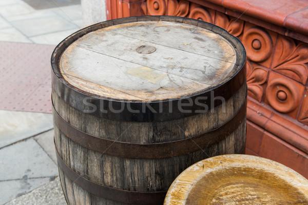 старые баррель таблице улице Сток-фото © dolgachov
