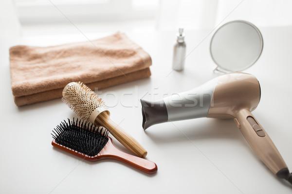 фен волос зеркало полотенце инструменты красоту Сток-фото © dolgachov