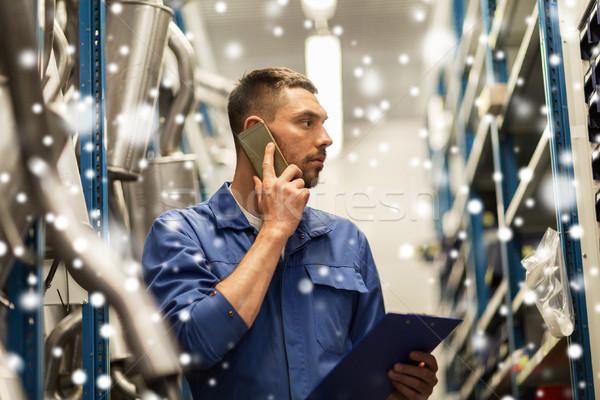 Meccanico auto chiamando smartphone auto servizio riparazione Foto d'archivio © dolgachov