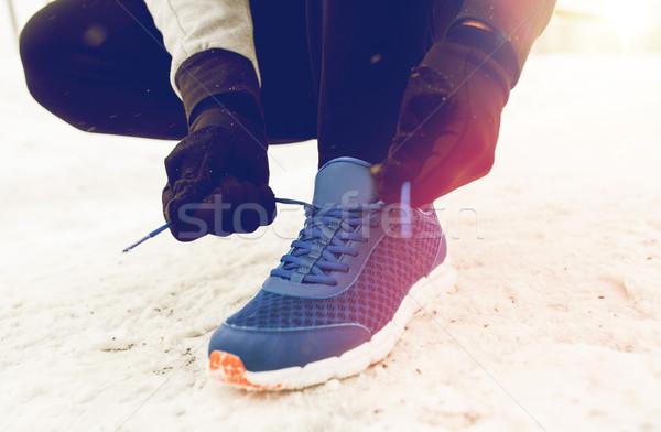 Közelkép férfi cipő csipke tél kint Stock fotó © dolgachov