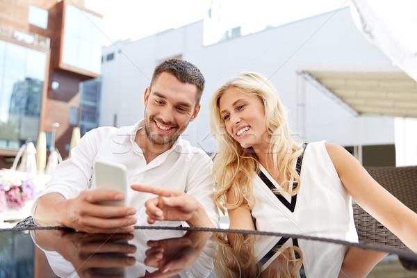 Szczęśliwy para restauracji taras miłości data Zdjęcia stock © dolgachov