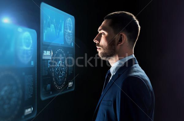 Zdjęcia stock: Biznesmen · patrząc · faktyczny · czarny · ludzi · biznesu · duży