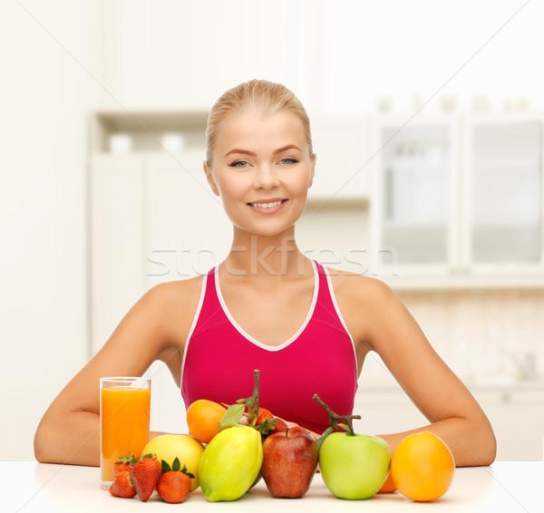 笑顔の女性 自然食品 果物 表 フィットネス 医療 ストックフォト © dolgachov