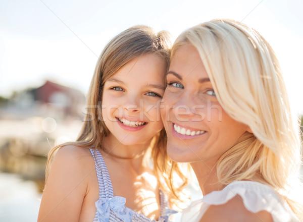 Feliz mãe criança menina verão férias Foto stock © dolgachov