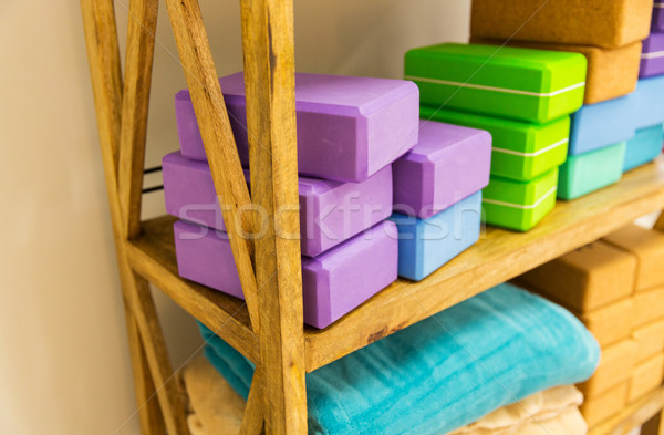 Rack jogi piana bloków sportu Zdjęcia stock © dolgachov