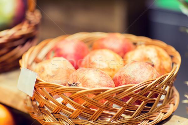 Olgun sepet gıda pazar satış alışveriş Stok fotoğraf © dolgachov