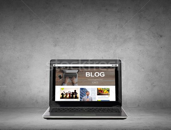 Dizüstü bilgisayar blog web sayfa ekran teknoloji Stok fotoğraf © dolgachov