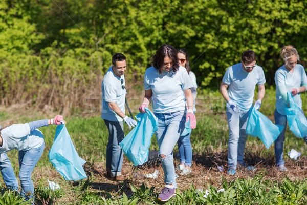 ボランティア ごみ 袋 洗浄 公園 志願 ストックフォト © dolgachov