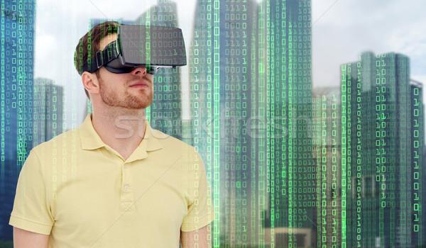 Adam sanal gerçeklik kulaklık 3d gözlük modern Stok fotoğraf © dolgachov