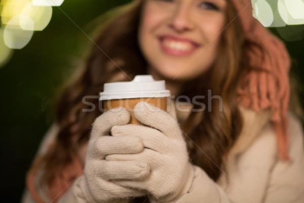 Stok fotoğraf: Mutlu · kadın · kahve · Noel · ışıklar · kış
