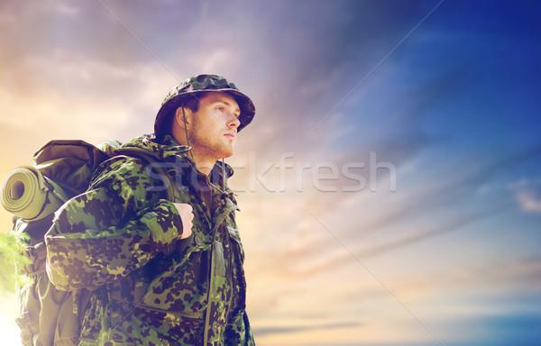 Asker sırt çantası yürüyüş ordu askeri Stok fotoğraf © dolgachov