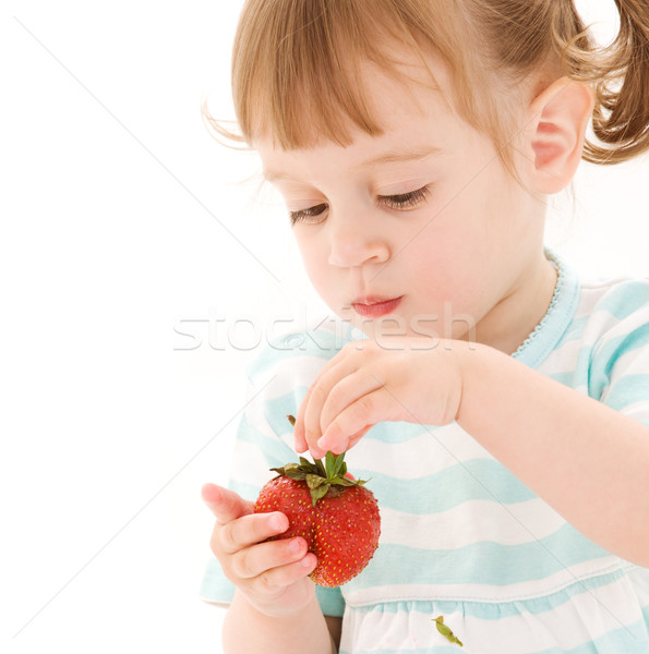 девочку клубника фотография белый продовольствие ребенка Сток-фото © dolgachov