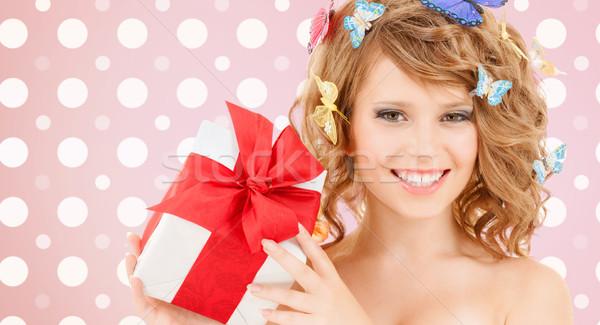Sorridere scatola regalo vacanze persone felicità Foto d'archivio © dolgachov