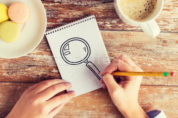 Stock fotó: Közelkép · kezek · rajz · nagyító · notebook · üzlet