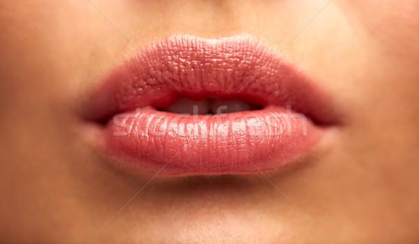 Jonge vrouw lippen schoonheid mensen make Stockfoto © dolgachov