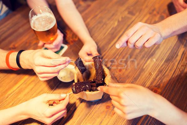 рук чесночный хлеб быстрого питания Сток-фото © dolgachov