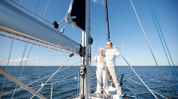 Stock fotó: Idős · pár · ölel · vitorla · csónak · jacht · tenger