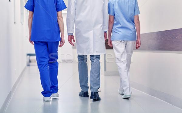 グループ 医師 徒歩 病院 クリニック 職業 ストックフォト © dolgachov