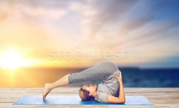 Nő készít jóga póz fitnessz sport Stock fotó © dolgachov