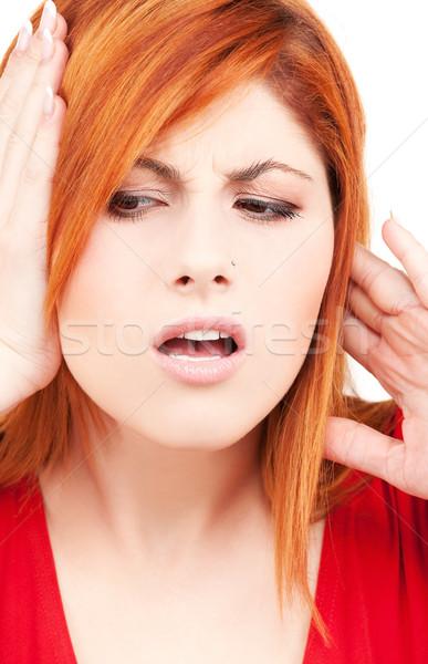 Boldogtalan vörös hajú nő nő kép kezek fülek Stock fotó © dolgachov