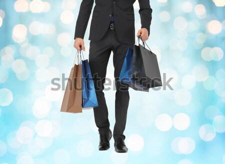 Foto d'archivio: Shopping · uomo · bell'uomo · fiocchi · di · neve · moda