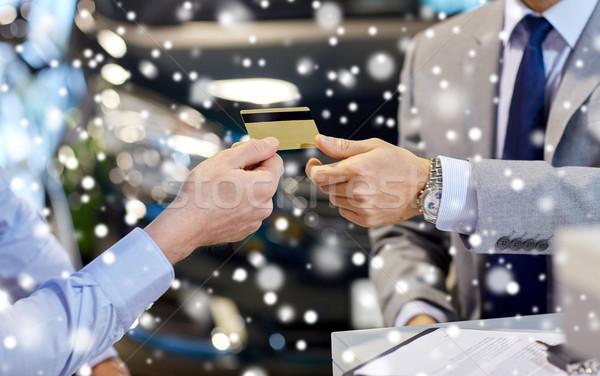 Cliente tarjeta de crédito salón auto negocios Foto stock © dolgachov