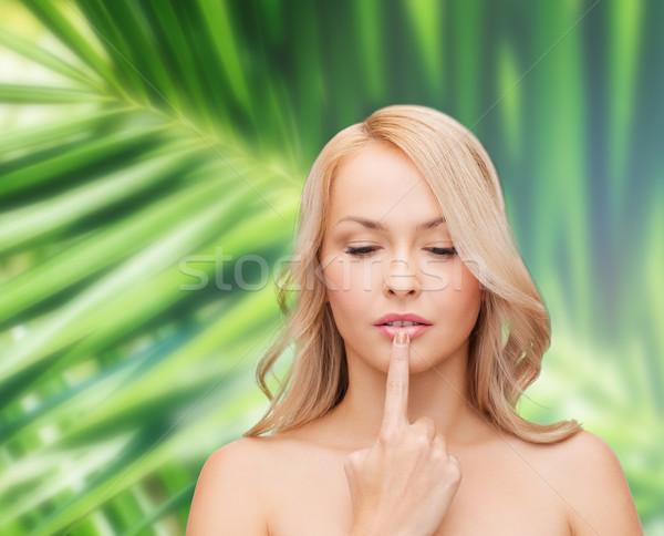 Mulher tocante lábios saúde beleza bela mulher Foto stock © dolgachov