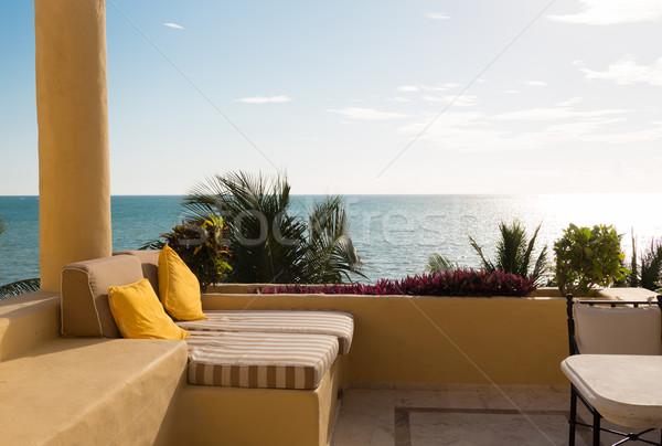 Mar vista balcón casa vacaciones Foto stock © dolgachov