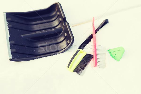 Variedade neve limpeza equipamento inverno mão Foto stock © dolgachov