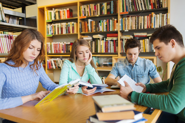 importance of library in schools essay 16 reasons why libraries and librarians are still extremely important numerous academic research papers, journals, and other important school libraries.