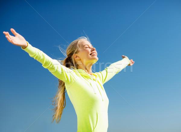 女性 スポーツ 屋外 フィットネス ライフスタイル 空 ストックフォト © dolgachov