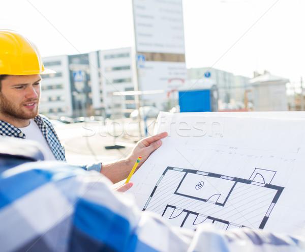 Constructeurs plan bâtiment construction développement Photo stock © dolgachov