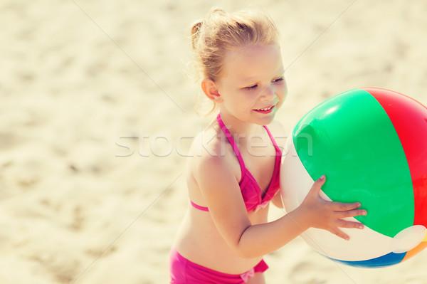 幸せ 女の子 演奏 インフレータブル ボール ビーチ ストックフォト © dolgachov