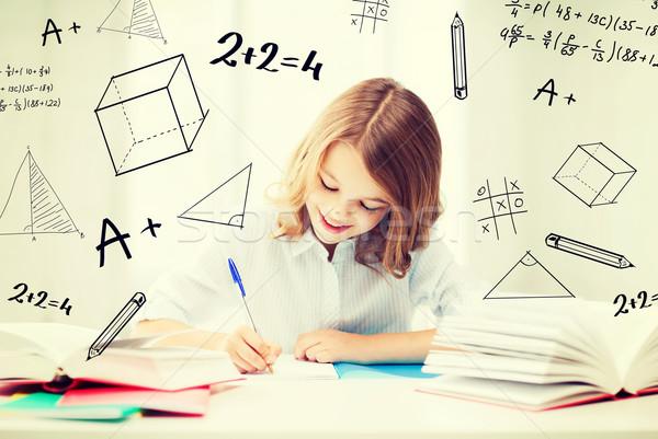 Imagine de stoc: Student · fată · studiu · şcoală · educaţie