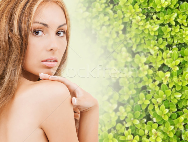 Güzel genç kadın dokunmak yüz cilt güzellik Stok fotoğraf © dolgachov