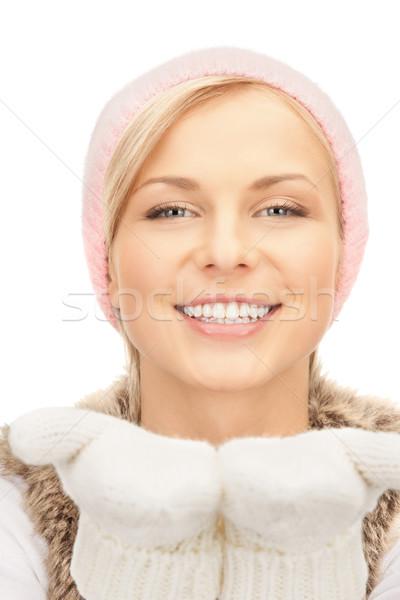 Mooie vrouw winter hoed foto vrouw gezicht Stockfoto © dolgachov