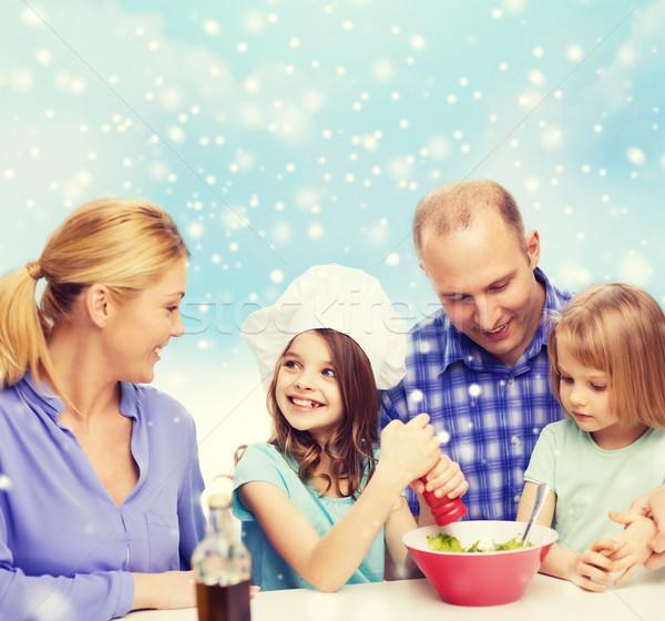 Stok fotoğraf: Mutlu · aile · iki · çocuklar · salata · ev