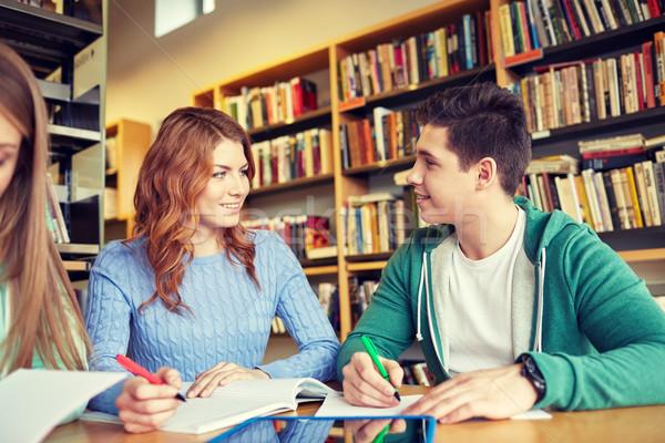 счастливым студентов библиотека люди образование Сток-фото © dolgachov