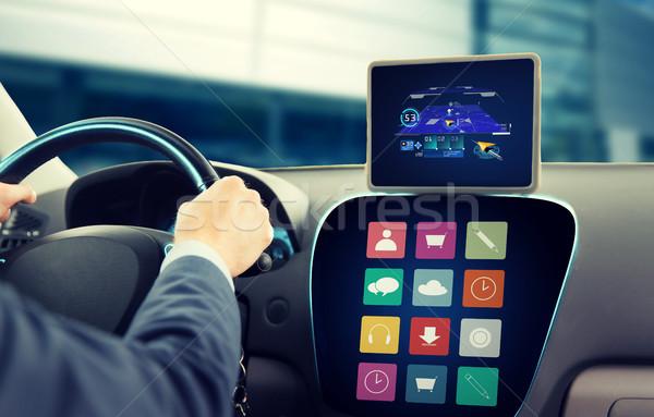 Człowiek GPS jazdy samochodu Zdjęcia stock © dolgachov