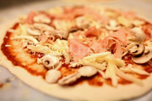 Pizza formaggio prosciutto alimentare culinaria Foto d'archivio © dolgachov