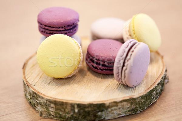 Diferente macarons suporte cozinhar confeitaria Foto stock © dolgachov